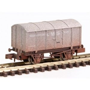 Dapol 2F-013-052 LMS Gunpowder Van, Weathered